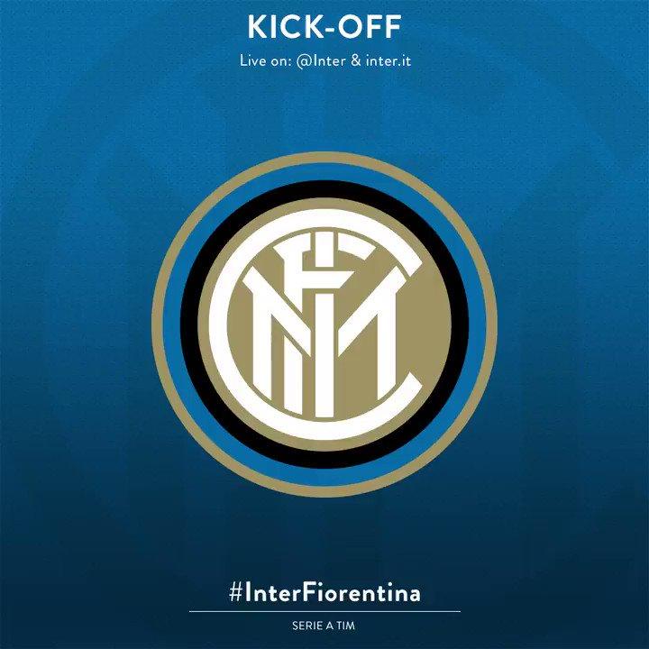 1' - Squadre in campo, inizia il campionato dell'Inter: forza ragazzi!...