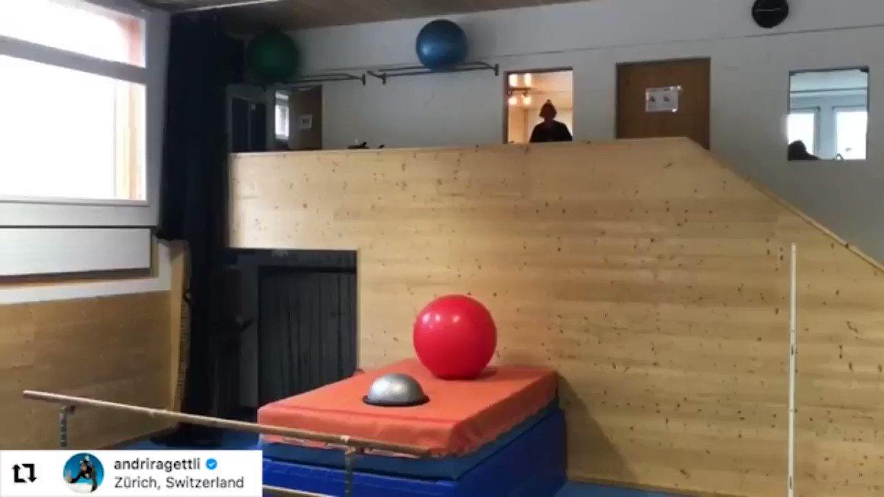 RT @BigSportGB: This is Olympic skier Andri Ragettli's training routine...  Incredible! 😯  https://t.co/UYwPoWIyTi