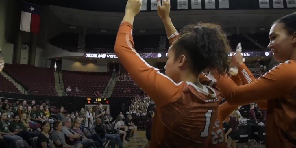 #6 Texas sweeps Texas A&M in College Station! #PointTexas ???? https://t.co/TXvRSCbnC5