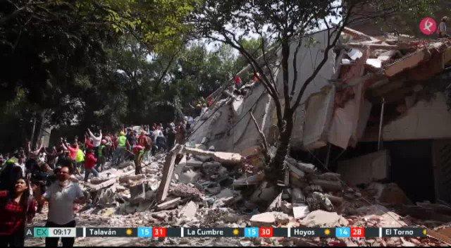 El terremoto en el centro de México deja al menos 216 muertos, según el último balance de las autoridades #EXN https://t.co/3RdmKeOnAg