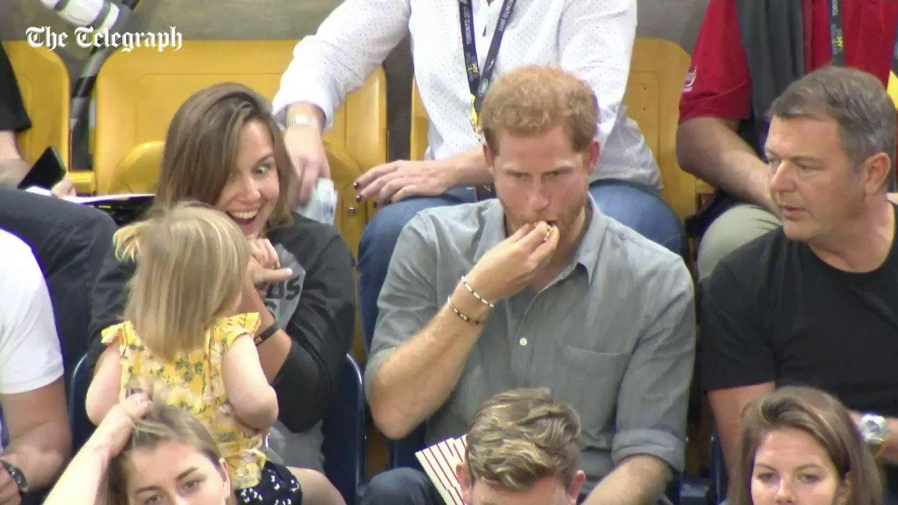 RT @Telegraph: He's not watching, he's not watching. Oops, he's watching https://t.co/pW9nCet6Kr