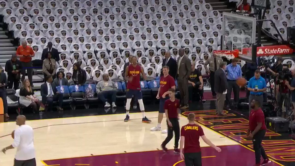 Derrick and PJ Rose hit the floor for #KiaTipOff17 on @NBAonTNT!  #Thi...