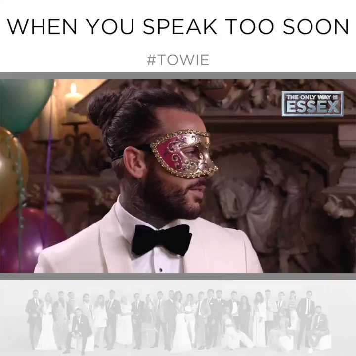 Totes not awks.. Right?! 😬🙈     #TOWIE https://t.co/KY26NHj62H