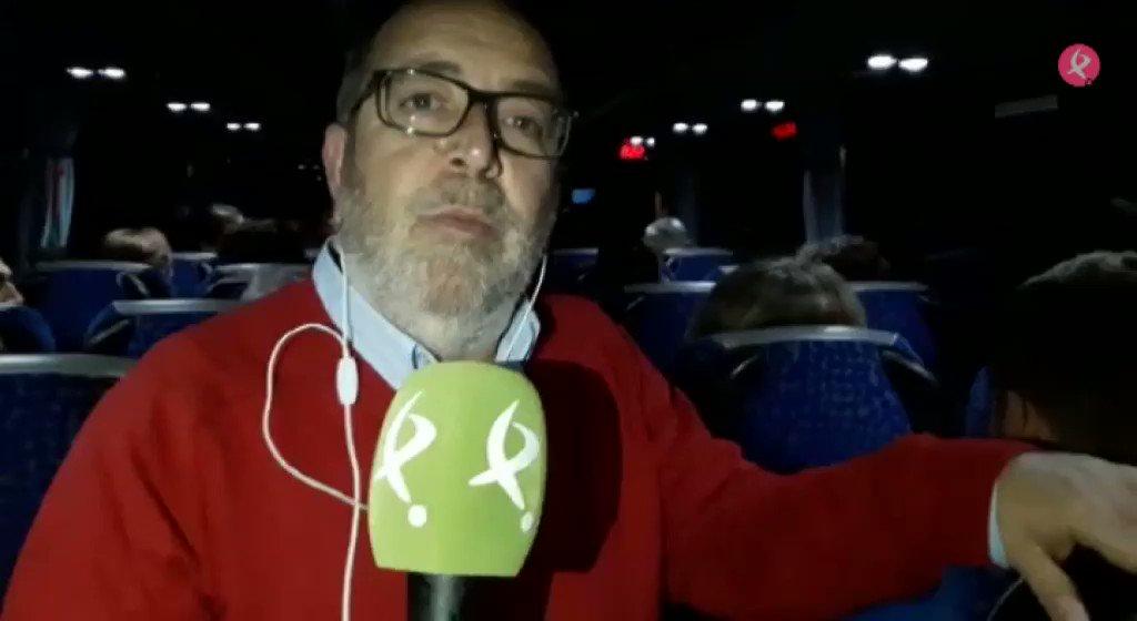 Desde uno de los más de 300 🚌 que van a Madrid, @plazachica nos cuenta historias personales 🚂#TrenDignoYa  🚅#ViajeConNosotros https://t.co/NbYsHMXYqF