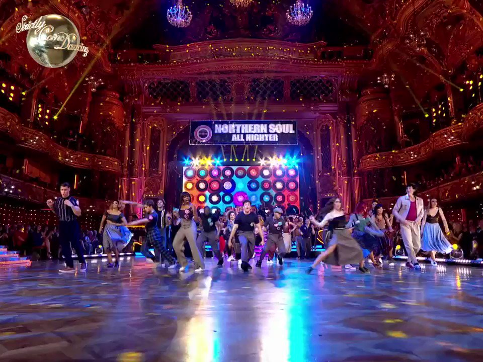 The group dance we all want to be part of. Sensation-soul! #Strictly https://t.co/xeF2S5NNha