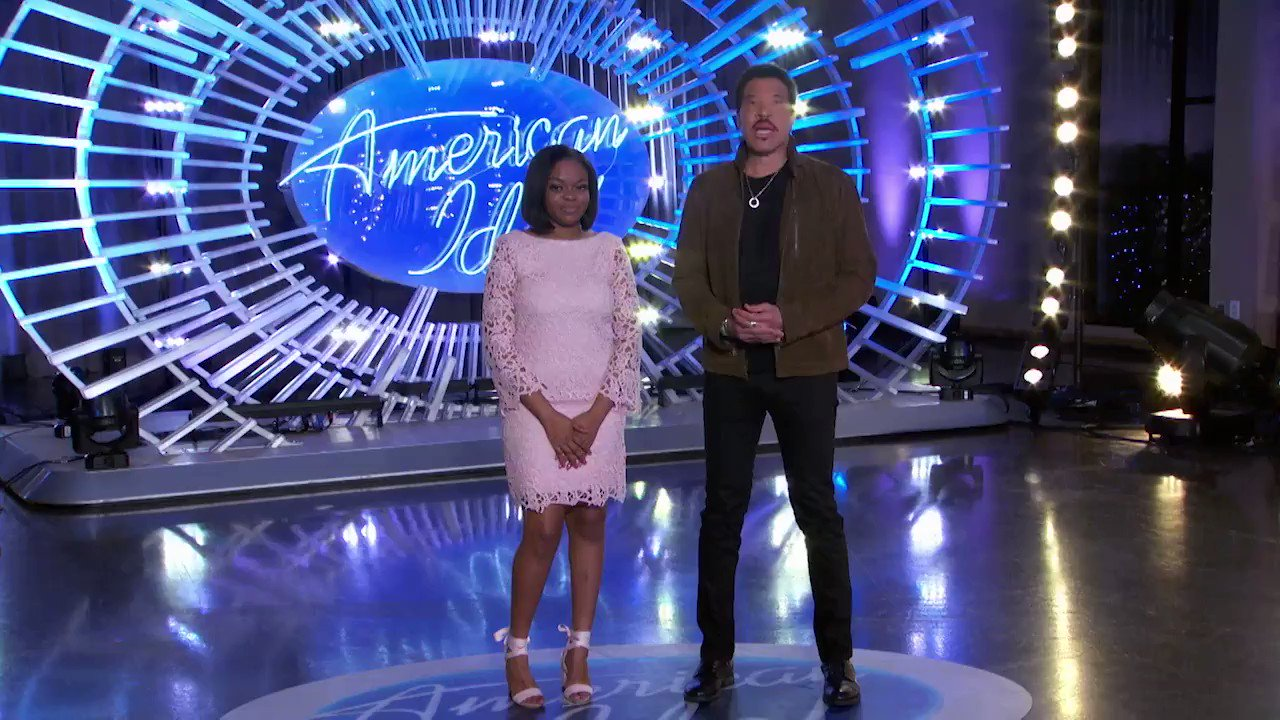 RT @AmericanIdol: Dominique Smith just auditioned for #AmericanIdol during the @AMAs! https://t.co/TEL9dklQh6