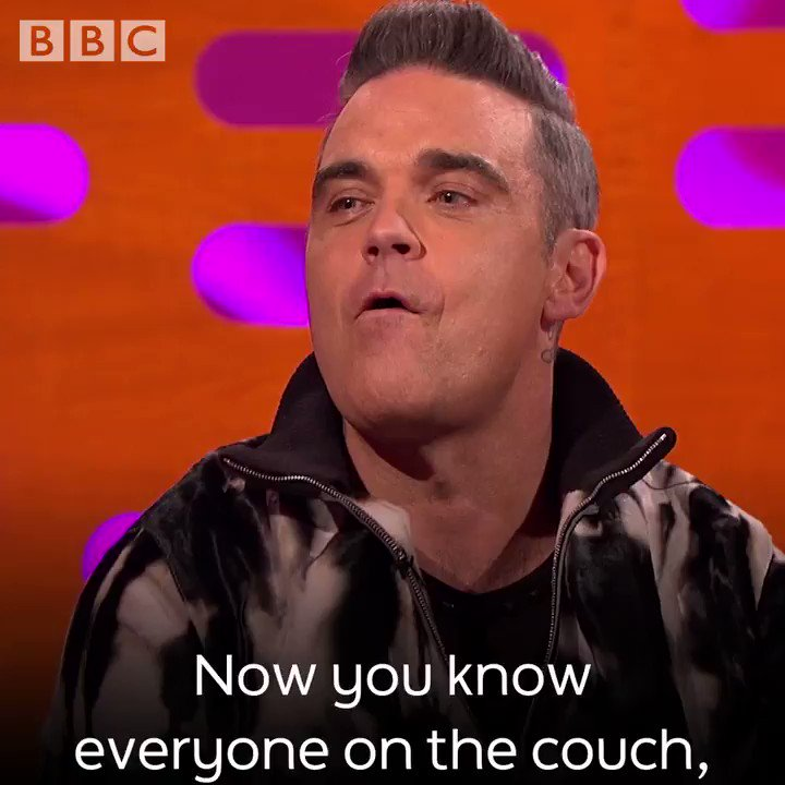 That time @Pink called @RobbieWilliams for some catering... 😂 @TheGNShow https://t.co/vPSBCbxfJS