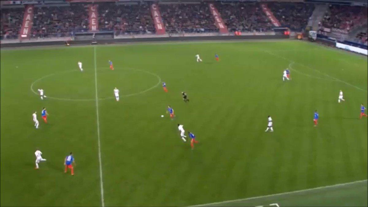 [18e journée de L1] SM Caen 0-0 EA Guingamp ElpHyxE3Y8-rPOlb