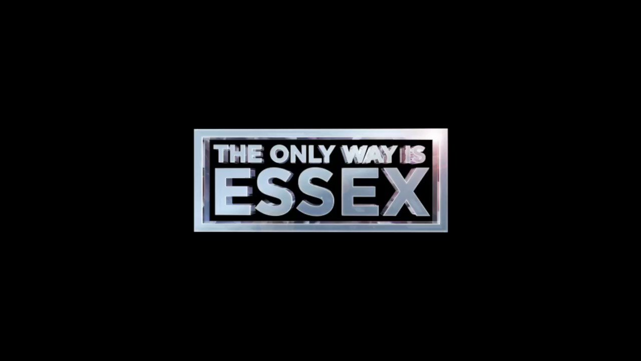 Ending the year with a bang ❤️🎆 or a bust?! 💔 Join us tonight, 10pm @ITVBe   #TOWIE #Essexmas https://t.co/SGCYpjSCEF