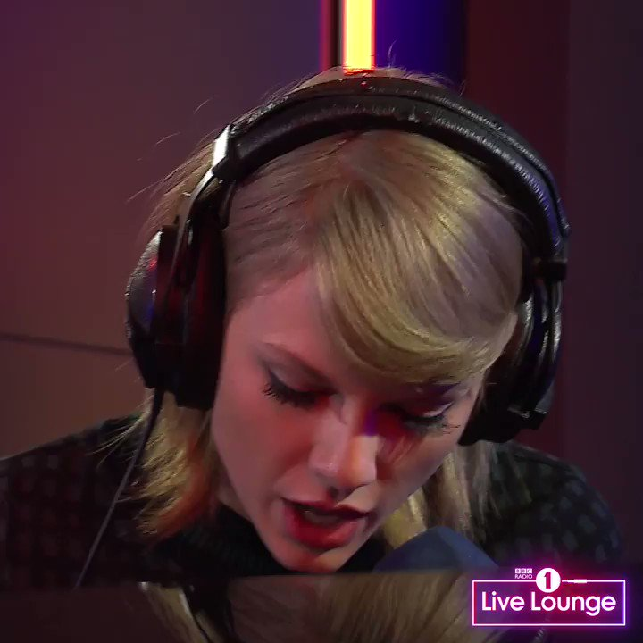 🎶❤️️ @TaylorSwift13's Live Lounge cover...