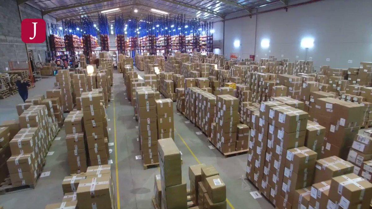 Twitter இல جولي شيك السعودية لخدمتكم بشكل أفضل وتجهيز طلباتكم بشكل أسرع أنشأنا إحدى أكبر مستودعات التجارة الالكترونية في المملكة مساحته 45 ألف متر مربع ويتسع لأكثر من 6 ملايين منتج بثقتكم جولي شيك أكبر