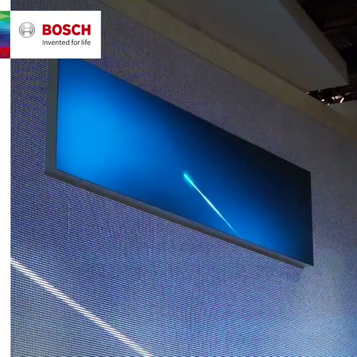 Smart museum piece: how an antique workbench travels to the future through the Bosch IoT Gateway. #BoschCES #CES2018 https://t.co/iNLUkM3tHO