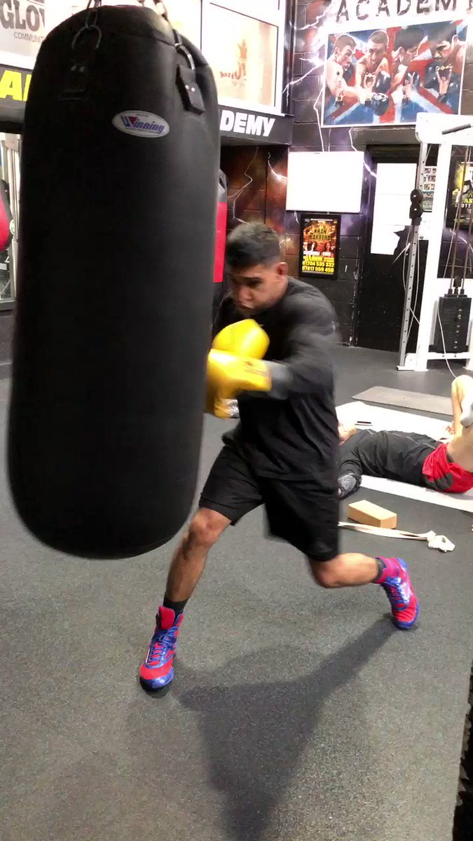 💨 @amirkingkhan back in the gym ahead of...