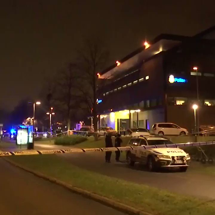 Police station in Malmo rocked by explosion in third attack on police rupt.ly/6hyn0