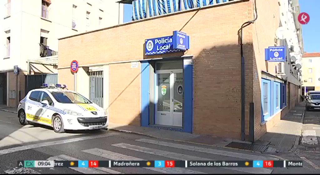 Continúa en estado grave el hombre acuchillado el miércoles en #Almendralejo. Fue la @PoliciaLocalAlm quien le ayudó a salvar la vida. #EXN https://t.co/dO8dvKPhIw