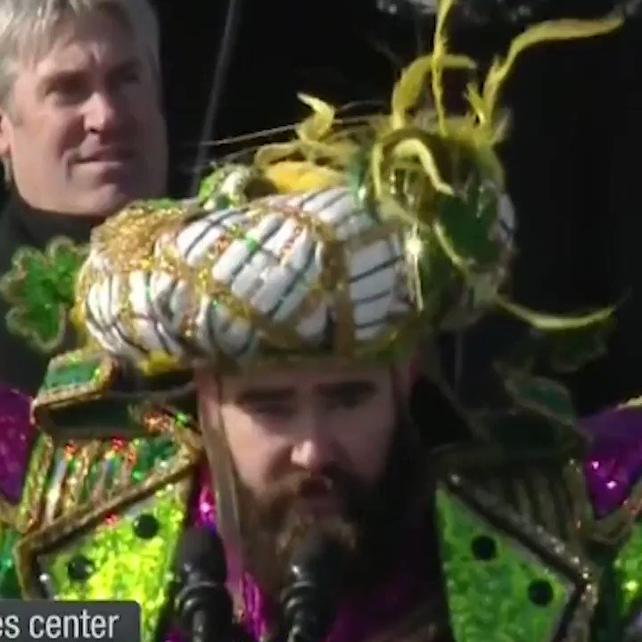 let's try this again... JASON KELCE'S FULL NSFW SPEECH https://t.co/CtKnbUuzxp