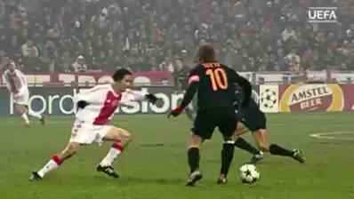 Il  👑 di Roma, @Totti! 💛❤️