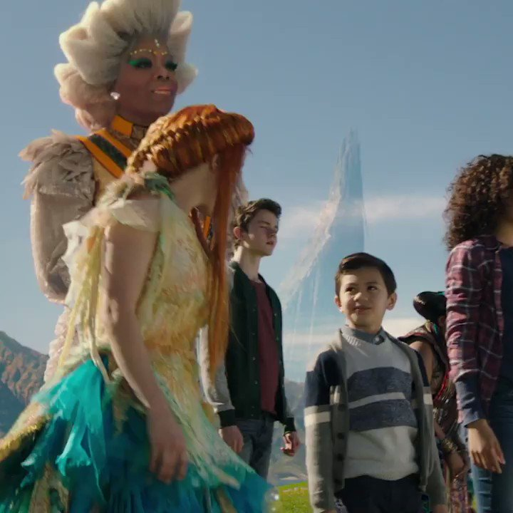 ✨ 9 stellar facts about the Mrs.s costumes in @WrinkleInTime ✨