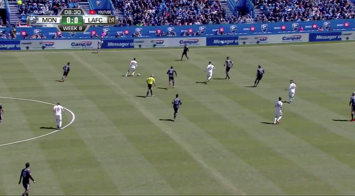 This clip shows my two biggest issues/worries with LAFC. Slow to close & unable to win the ball through central midfield, and Ciman's penchant for playing hero ball with low-percentage defensive gambles. #MTLvLAFC