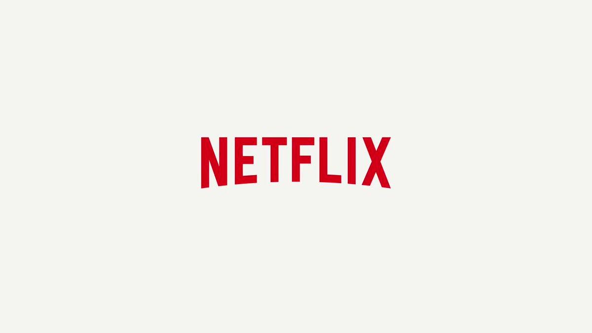 The Bluths are back! Watch the new trailer for #ArrestedDevelopment Season 5. https://t.co/uZTxagoyCN https://t.co/n7XJb7pDDA