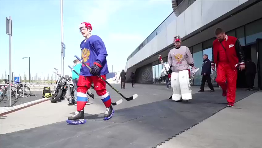 Российские хоккеисты поздравили Черноморский флот с 235-летним юбилеем