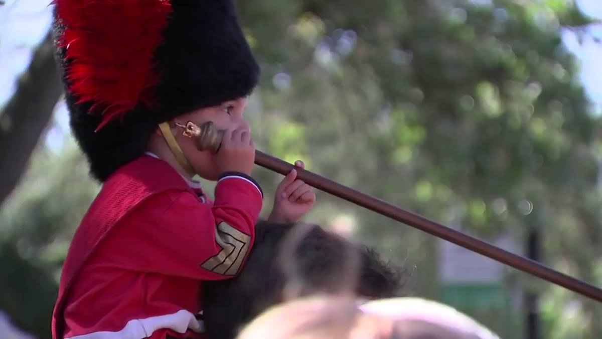 WATCH: Windsor rehearses carriage procession for #royalwedding See more coverage: https://t.co/LmZltIhAYi https://t.co/fHsfnVApoP