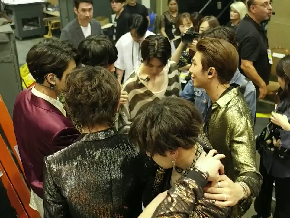 Pre-performance huddle with @BTS_twt. ❤️ #BTS_BBMAs https://t.co/pdXe9pSk0K