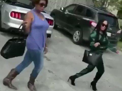 Walking into #GeminiSeason like.... Where the Geminis at!? ���� https://t.co/neWJtg54kB
