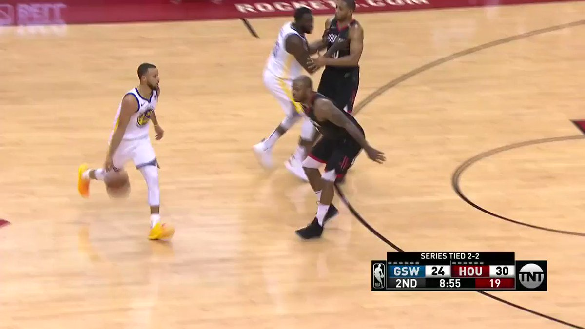 Clint Capela with the STRONG denial! ��  #Rockets 35 | #DubNation 26  ��: @NBAonTNT https://t.co/3dL1VSJWz5