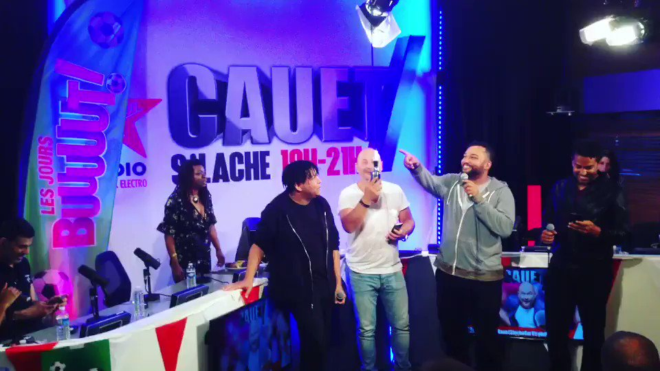 "My first time ever doing Karaoke singing ""Anything""... on national radio on top of that!!! 😂 Had a blast!!! Good times with my bros @thereal3ts and the newest member of 3T @cauetofficiel #3T #Anything #Karoke 🎶"