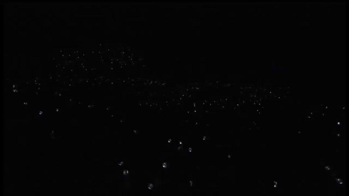 빌보드 차트 1위를 축하합니다!! #LYTear1onBB200 @BTS_twt
