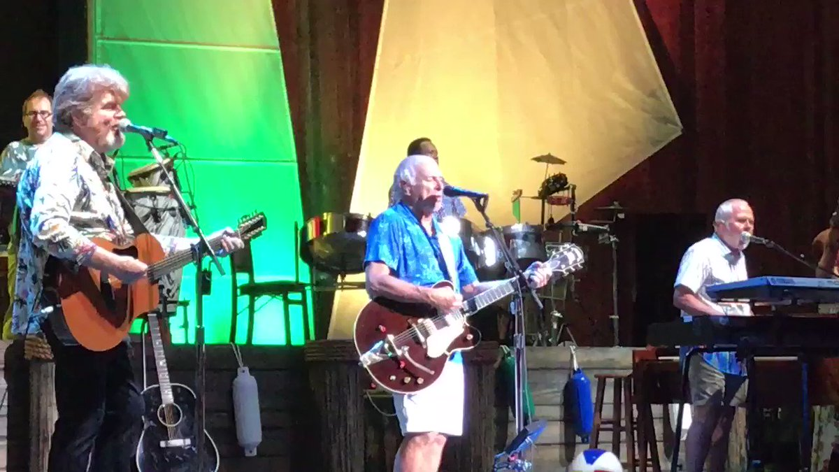 Image for the Tweet beginning: Great @jimmybuffett show at the