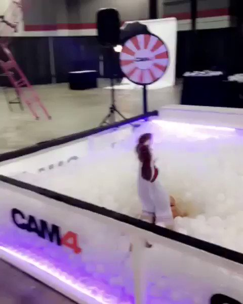 Sliding into your DM's like...... It's day 3 of @EXXXOTICA Chicago ������ https://t.co/eQMVuAFi0w