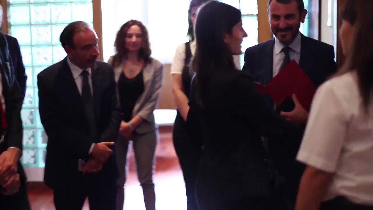 Oggi ho incontrato il Ministro @SergioCosta_min. Abbiamo parlato di ambiente, soluzioni per roghi tossici e del futuro di @Roma.