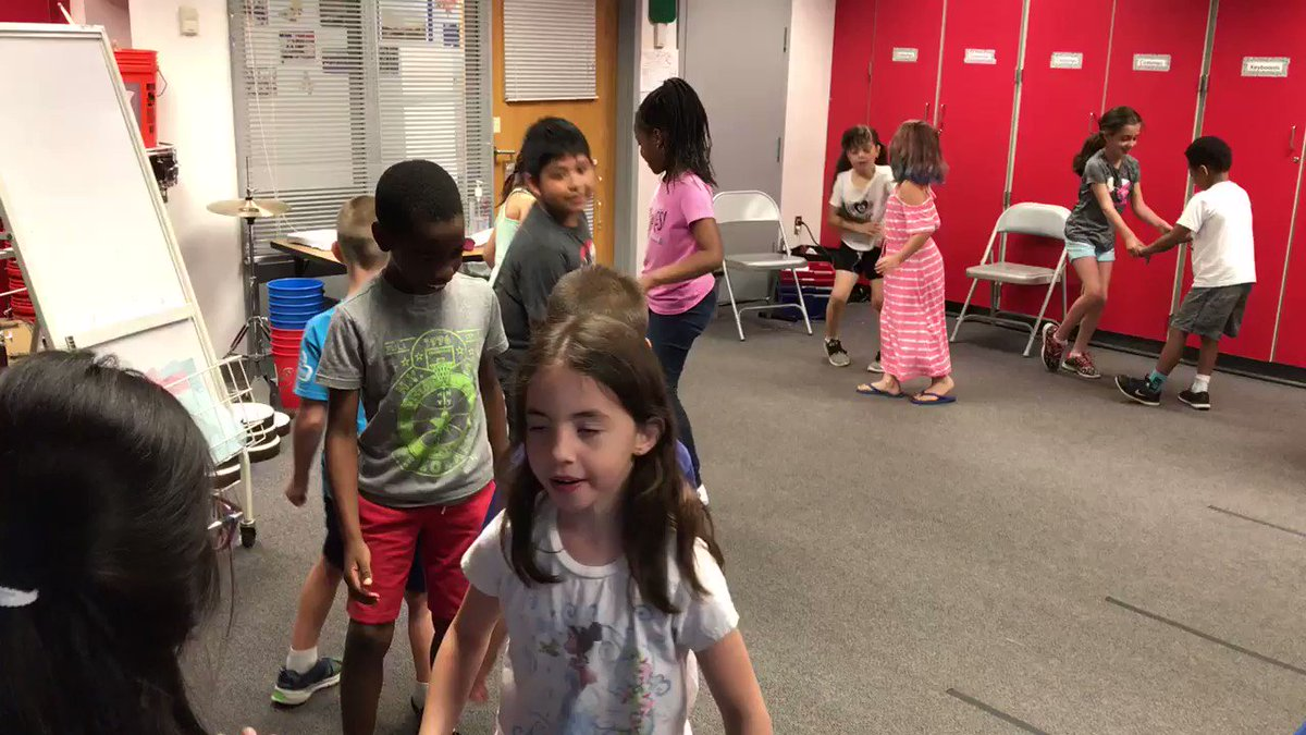 We're celebrating a great year with <a target='_blank' href='http://twitter.com/MsZelasko_APS'>@MsZelasko_APS</a> and Ms Sommer's 1st graders with some Heel Toe Polka! <a target='_blank' href='http://search.twitter.com/search?q=PHESbulldogs'><a target='_blank' href='https://twitter.com/hashtag/PHESbulldogs?src=hash'>#PHESbulldogs</a></a> <a target='_blank' href='http://twitter.com/APSArts'>@APSArts</a> <a target='_blank' href='http://twitter.com/APS_HankHenry'>@APS_HankHenry</a> <a target='_blank' href='http://twitter.com/APSHenryAP'>@APSHenryAP</a> <a target='_blank' href='https://t.co/W3BOMlMm4v'>https://t.co/W3BOMlMm4v</a>