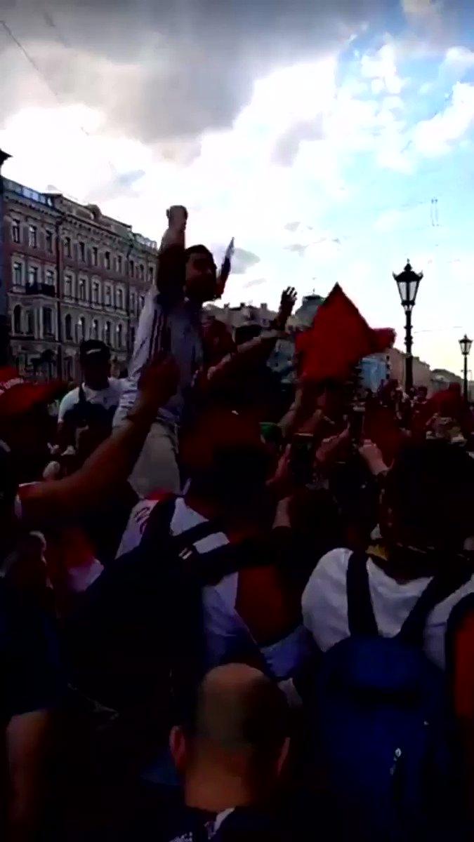 La marée rouge  à Saint-Pétersbourg #Maroc  - FestivalFocus