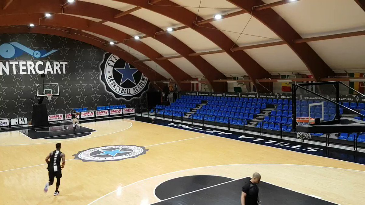 An NBA star practicing in Rome. Today @Timberwolves Jimmy Butler he practiced in @StellaAzzurraRo gym Footage of his workout