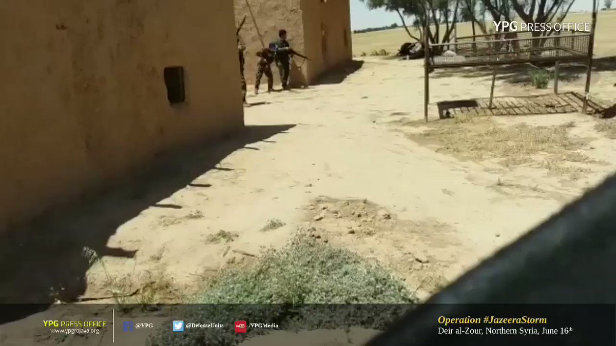 An SVBIED of ISIS detonated by #SDF fighters in #DeirEzzor today.