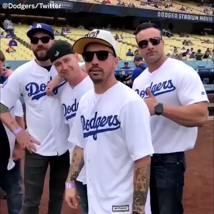 25 years later, The Sandlot crew is still getting killed by Smalls �� https://t.co/EClfdj8yUw