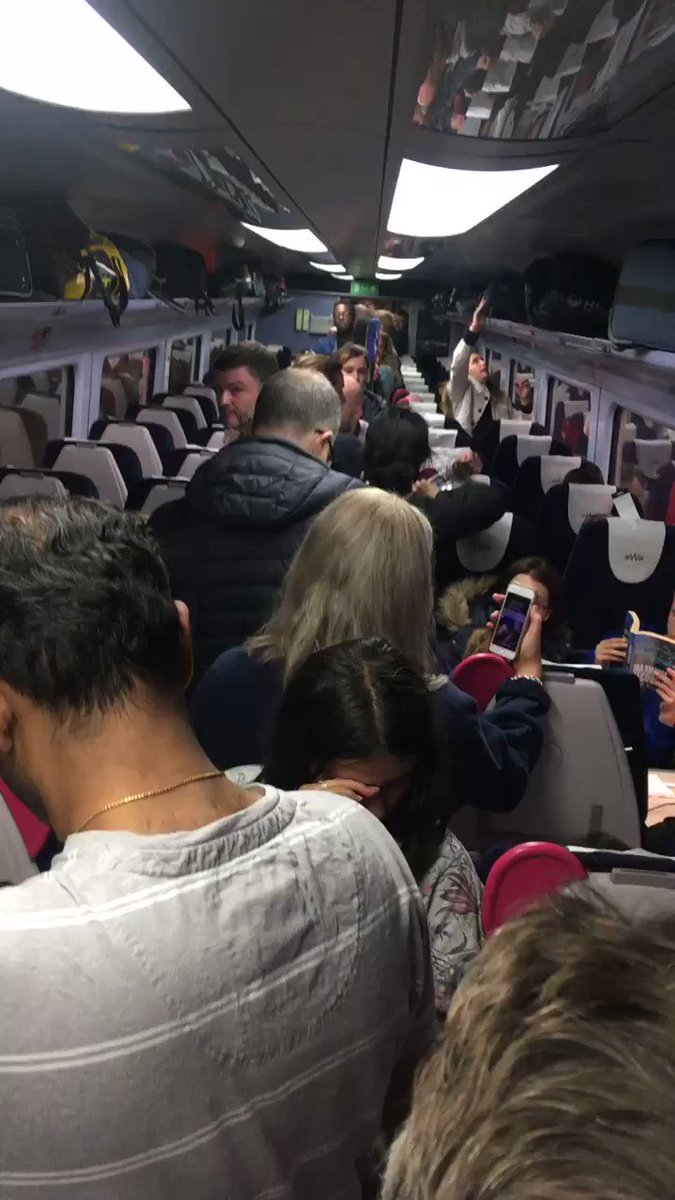 @GWRHelp shocking service today with numerous cancelled trains and terrible overcrowding