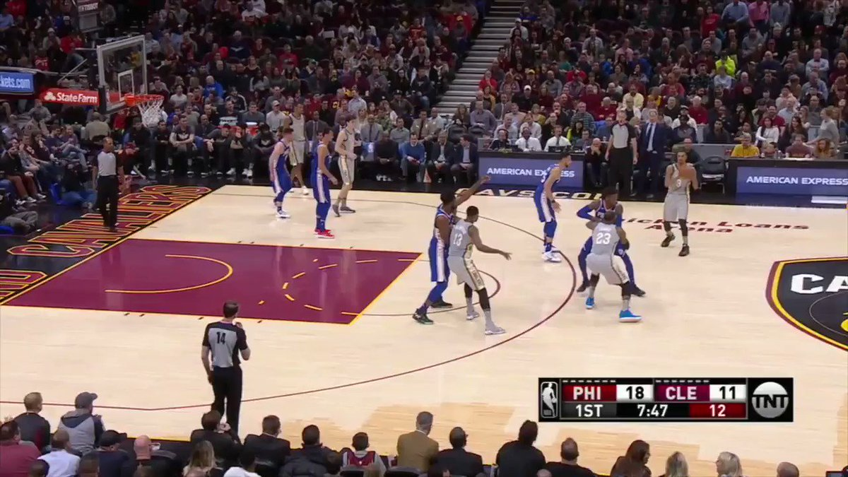Still trying to figure out how @KingJames did this, tbh. https://t.co/duOp7ssboC