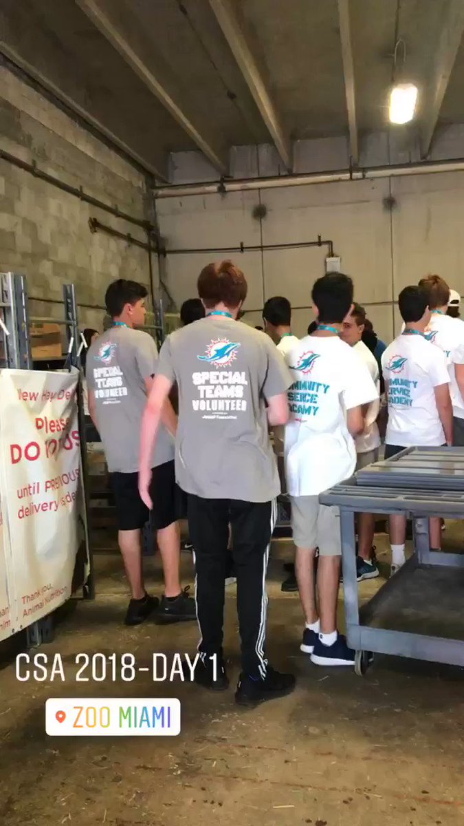 This is #TeamworkAtWork at the first day of @MiamiDolphins Community Service Academy Summer Camp @zoomiami #specialteams #aarpfoundation