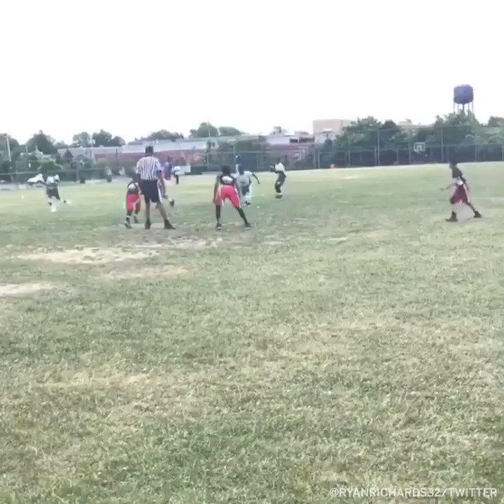 This kids 9 years old 😲 #SCtop10 (via @ryanrichards32)