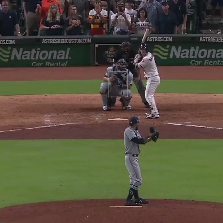 12 straight!  The @astros walk it off and now have the longest win streak in MLB this season. https://t.co/5WgduWJHXR