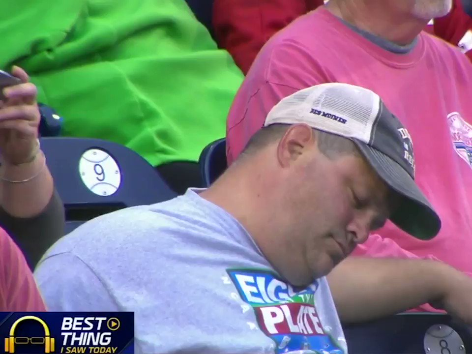 Sometimes all you need is just a little 2nd-inning snooze at the ballpark. https://t.co/2qWPJ0HHn3