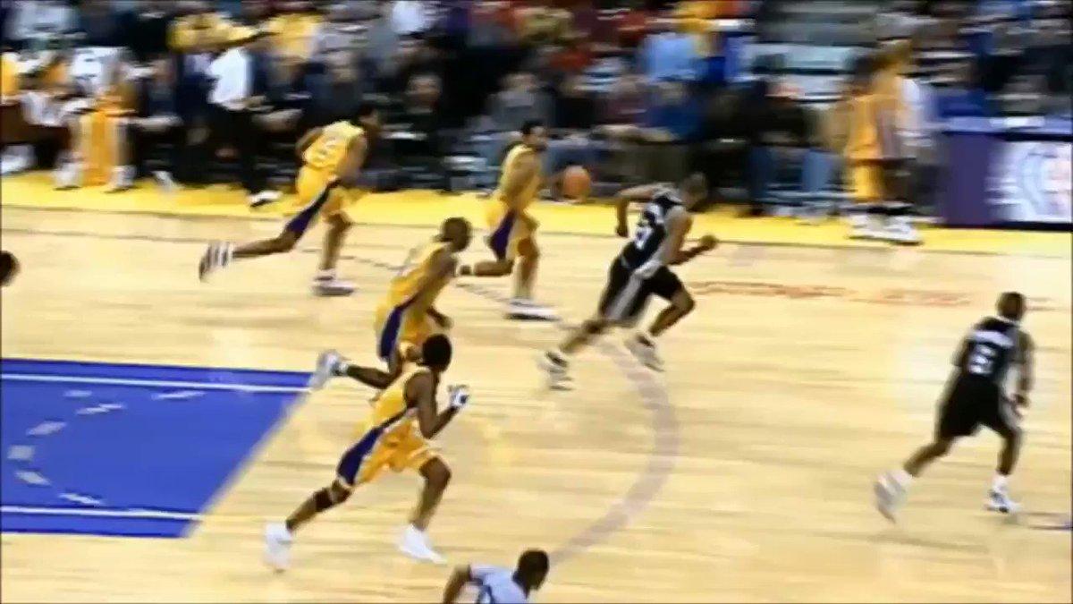 Kobe slam dunked on Jaren Jackson Jr.s dad.