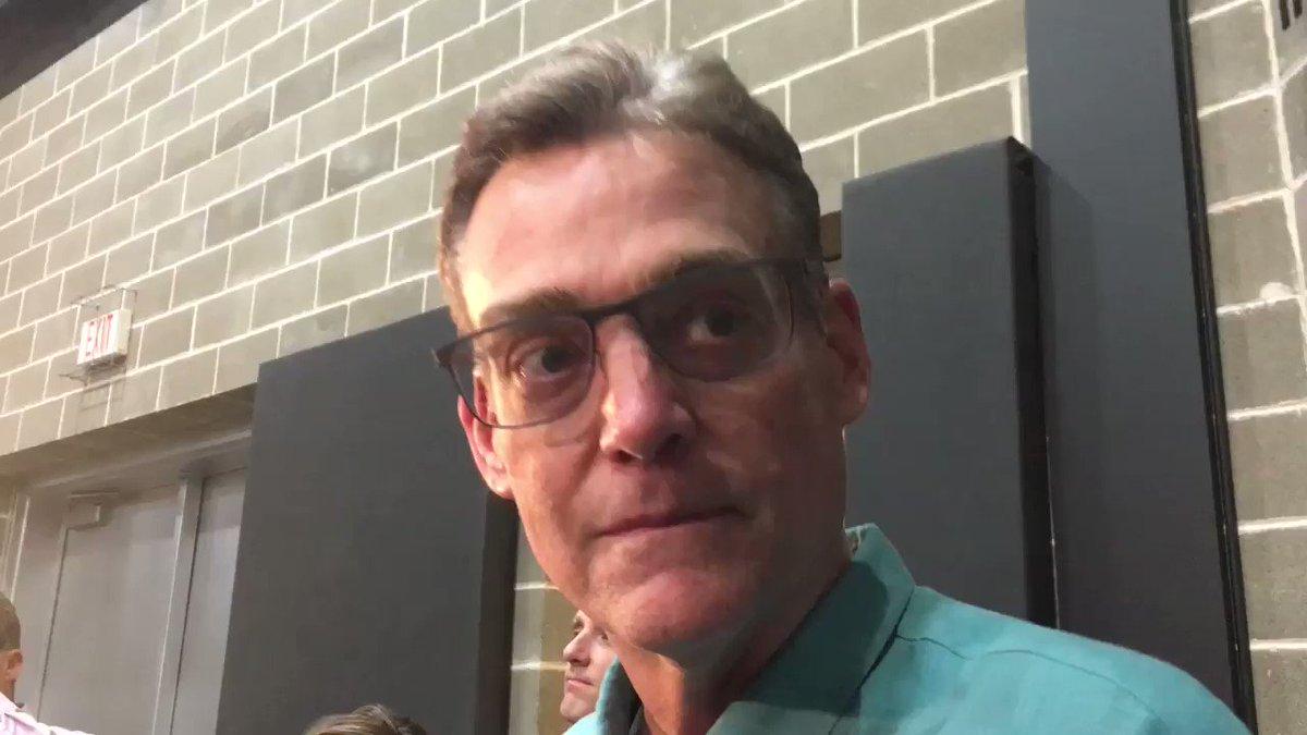 Here's Spurs GM R.C. Buford on Kawhi Leonard: https://t.co/XXG6rzdxQZ