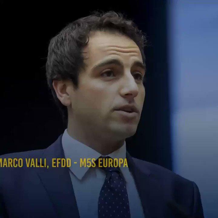 Germania e Francia hanno guadagnato milioni di euro dalla crisi greca.Ecco a cosa sono serviti i tagli a sanità, pensioni, stipendi dei greci. I sacrifici di milioni di cittadini si sono trasformati in lauti affari per i governi della Troika.@MarcoValliM5S #m5s #troika #euro  - Ukustom