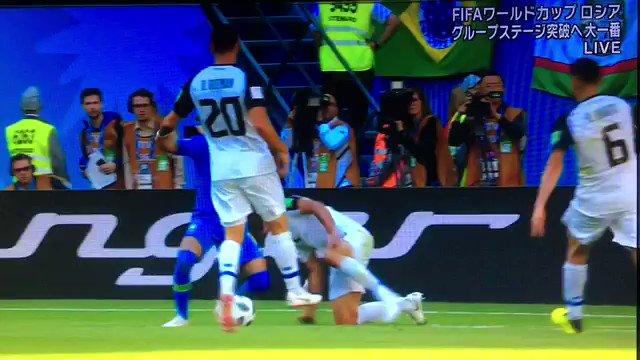 この試合審判最高なんだけど。 全然ネイマールのシミュレーションに騙されないし、PK判定もちゃんとVARで撤回するし、ダイバー撲滅キャンペーンだわ。 #ブラジル X #コスタリカ 0-0 #W杯 #ワールドカップ