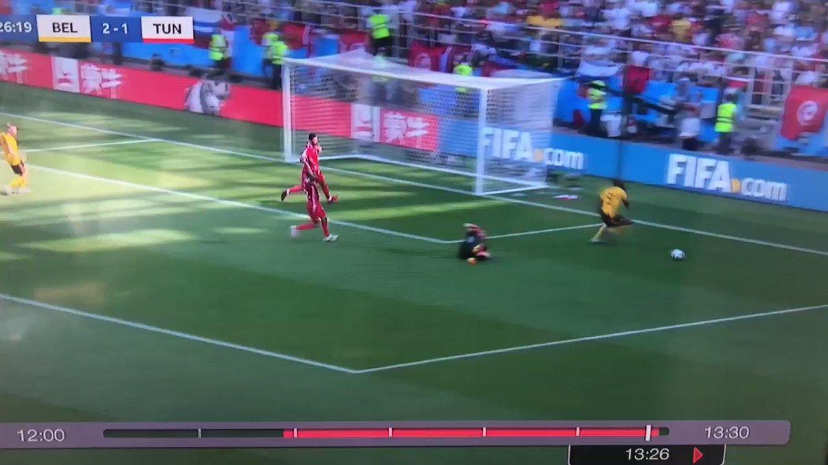 Lukaku arguing it's NOT a penalty is amazing...